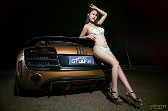 性感妖艳车模与奥迪R8