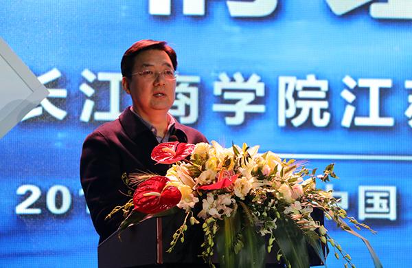 蒋锡培:转型升级的关键在于增强持续发展盈利的能力
