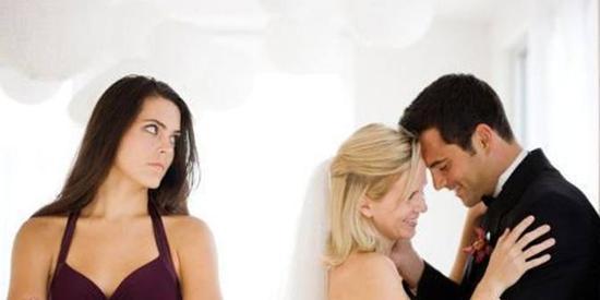 男子出轨离婚后再婚 又与前妻私会每周在外开房