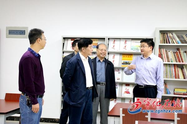 福建老年大学校长杨根生来宁化调研