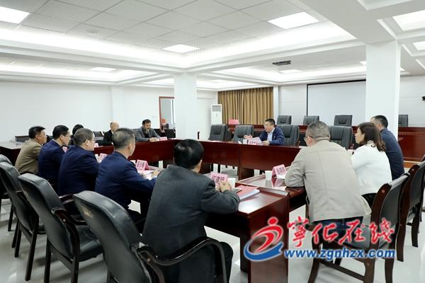 县委书记余建地调研指导基层党建工作