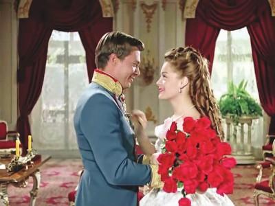 《茜茜公主》这部经典为何被一代代人宠爱