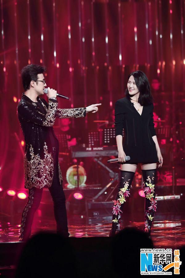 歌手收官汪峰《我爱你中国》唱出心声