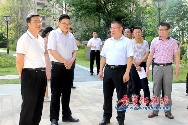 宁化县委书记余建地开展统计工作调研