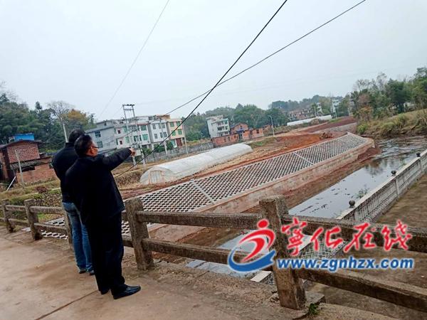 宁化淮土镇建设生态护岸,守护绿水青山