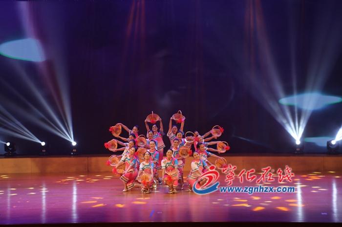 """寧化""""客家風情""""文藝(yi)晚會精彩(cai)上演(yan)"""