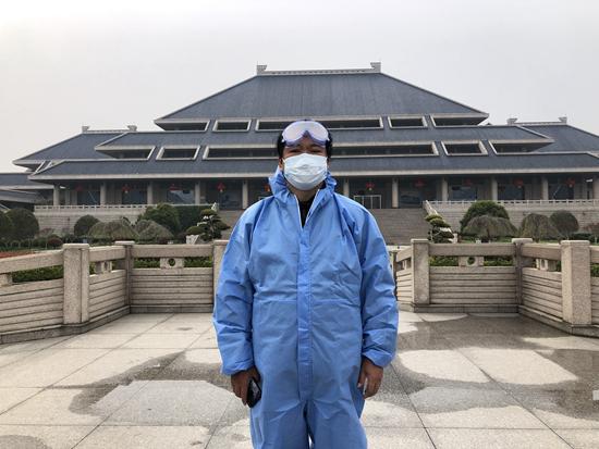湖(hu)北省博物館館長(chang)住館60天 常被市民(min)當成看門大爺