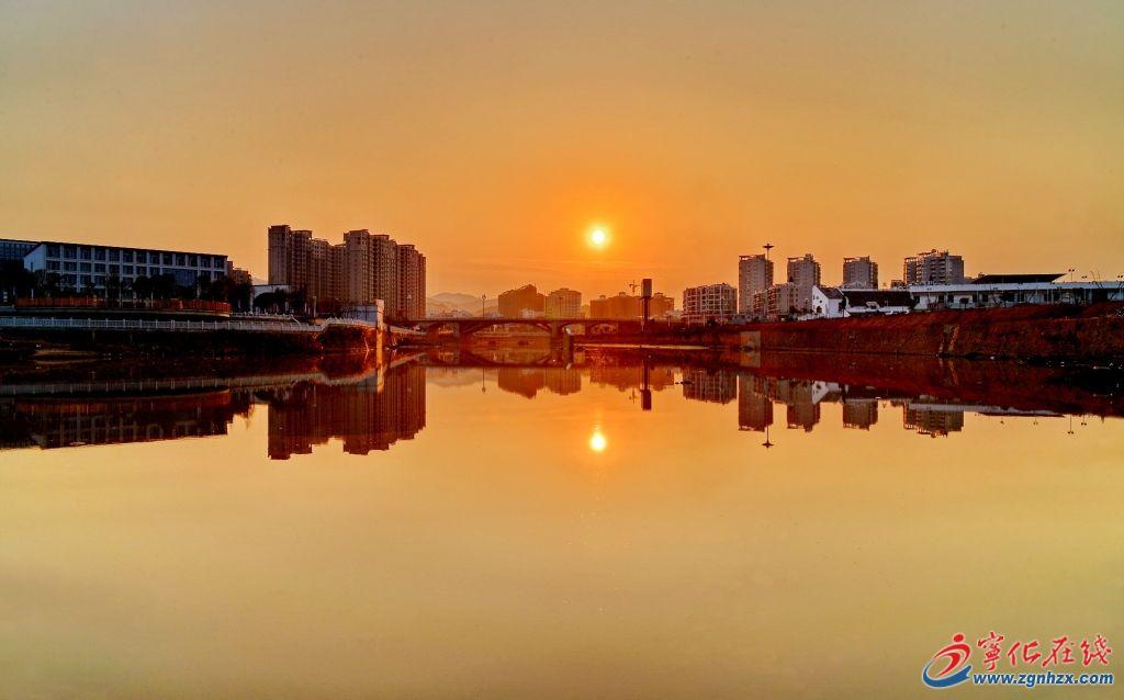 中环路大桥的夕阳
