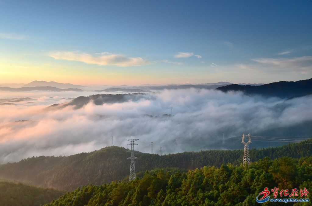 南山雾景如仙境界
