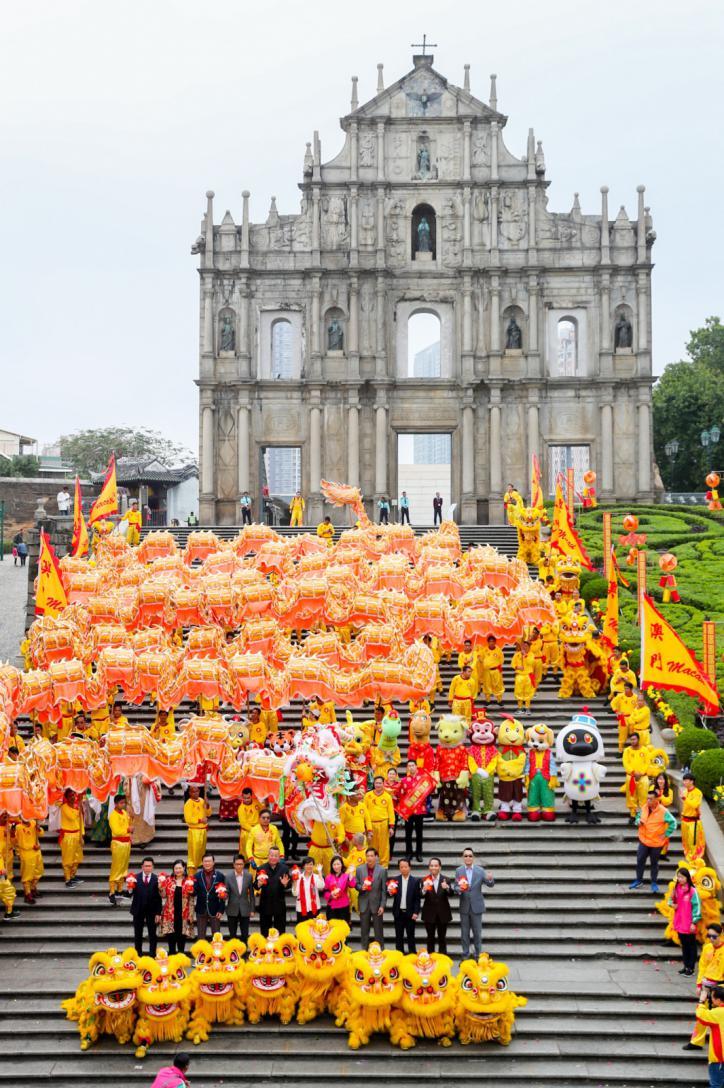 """""""金鼠賀歲(sui)?)臨門 2020農歷(li)新年(nian)花(hua)車匯演〞活動(dong)將(jiang)舉辦"""