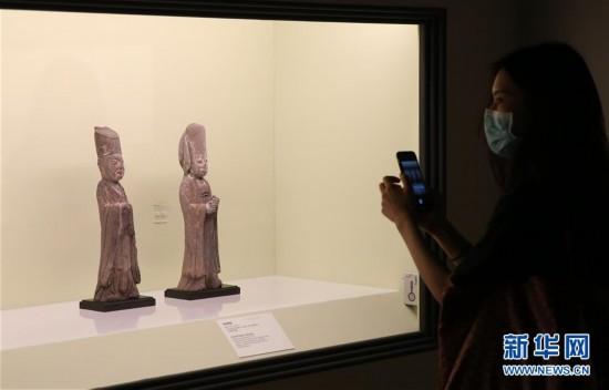 上海博物館(guan)舉辦江(jiang)南(nan)文化藝術展